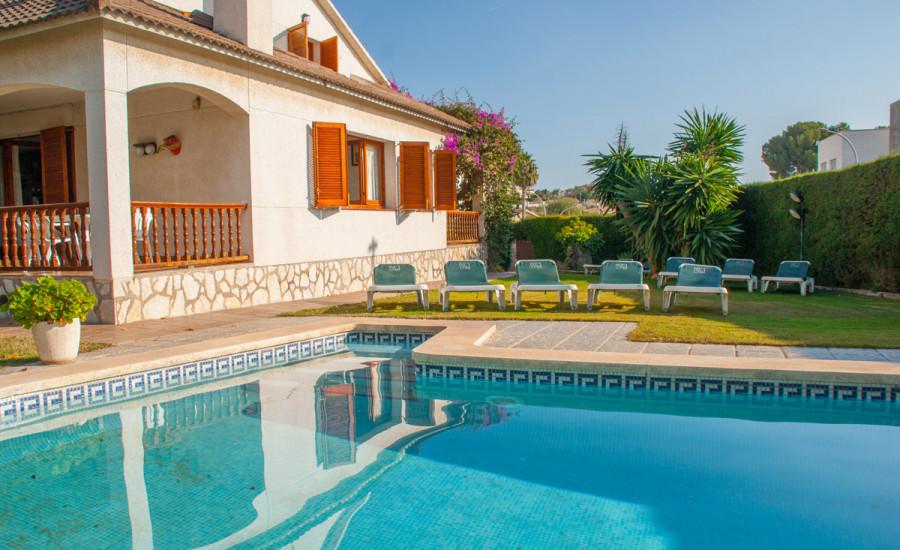 Chalet con piscina en Comarruga - Fotografia nº 1