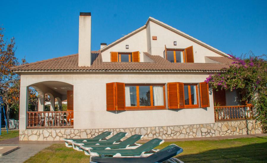 Chalet con piscina en Comarruga - Fotografia nº 2
