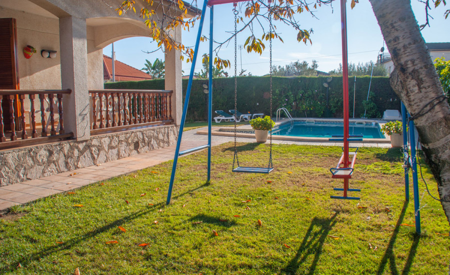 Chalet con piscina en Comarruga - Fotografia nº 10